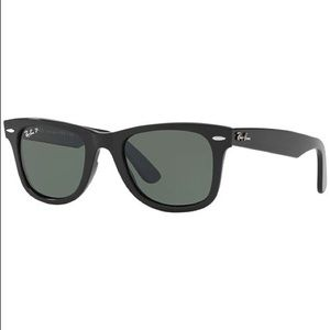 Ray Bans Wayfarer Authentic Sun Glasses